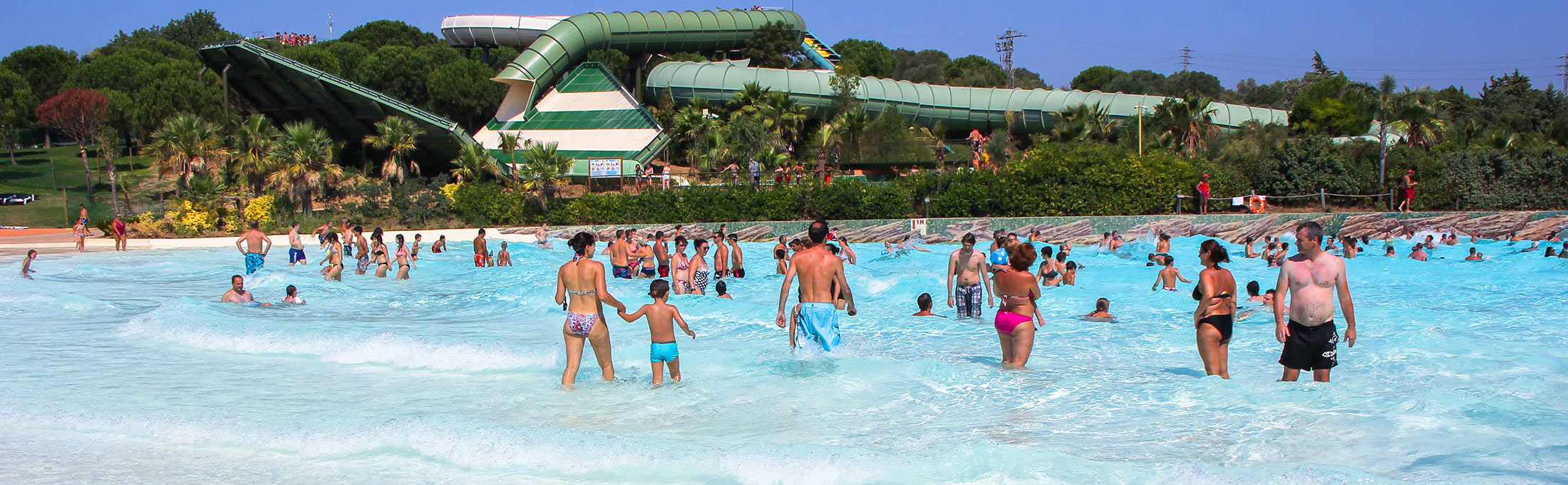 Aquatic parc in roses costabrava aquabrava for Aqua piscine otterburn park